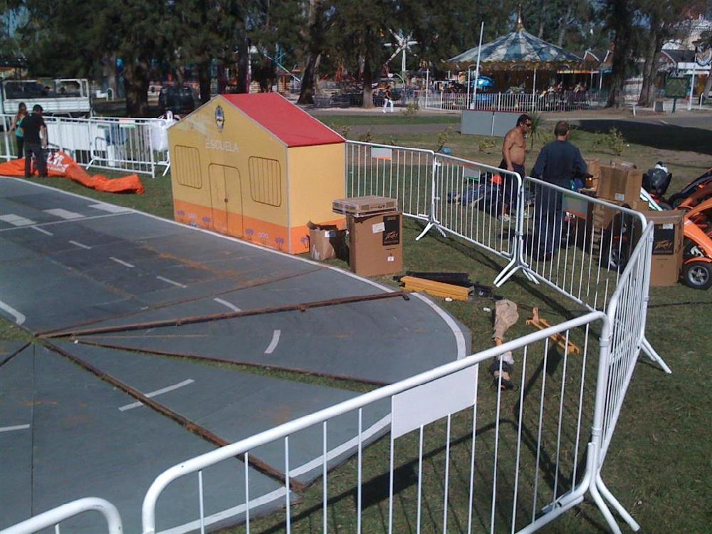 Alquiler de vallas de 3mts x 5mts Alquiler de escenarios